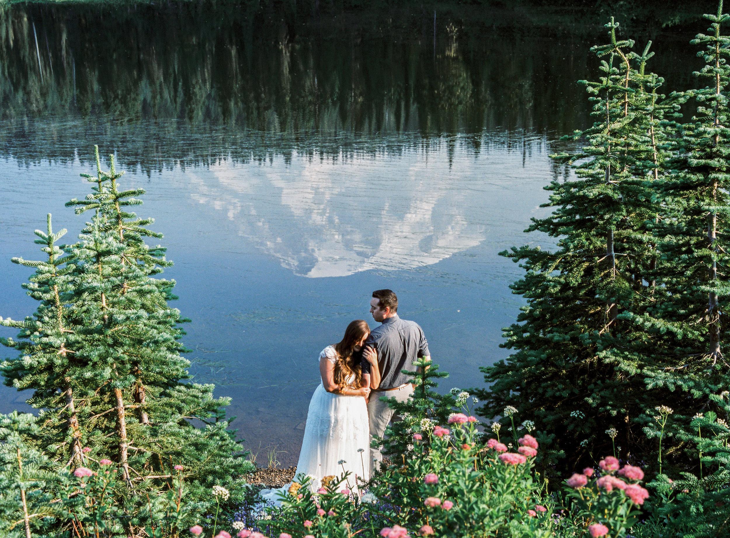 Adventure wedding photographers in Utah