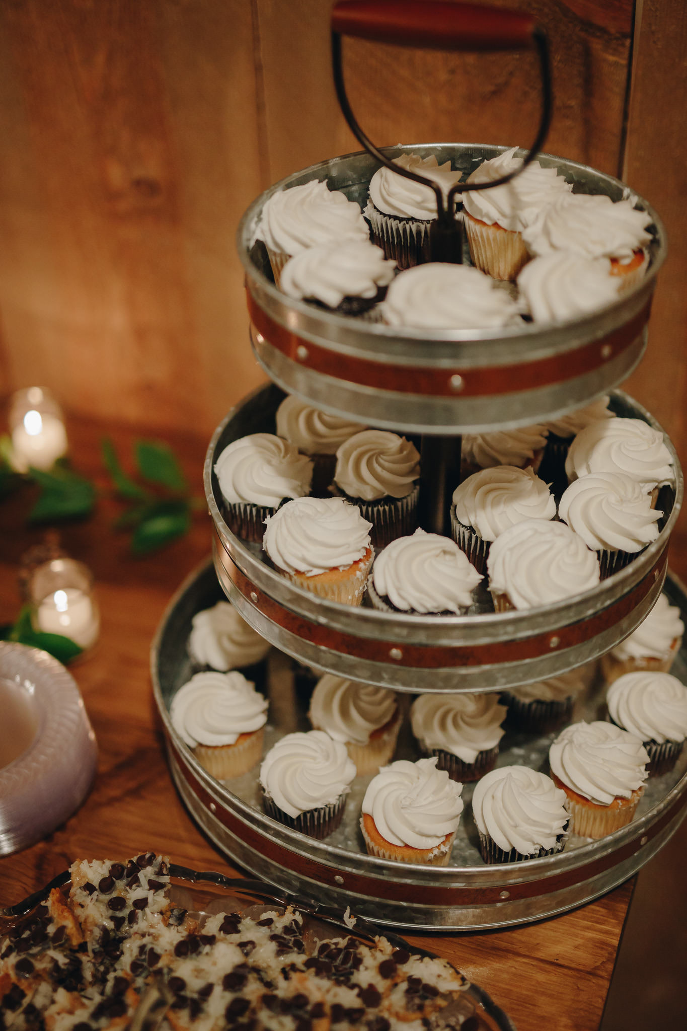 Cupcakes at a dessert wedding reception in Minneapolis