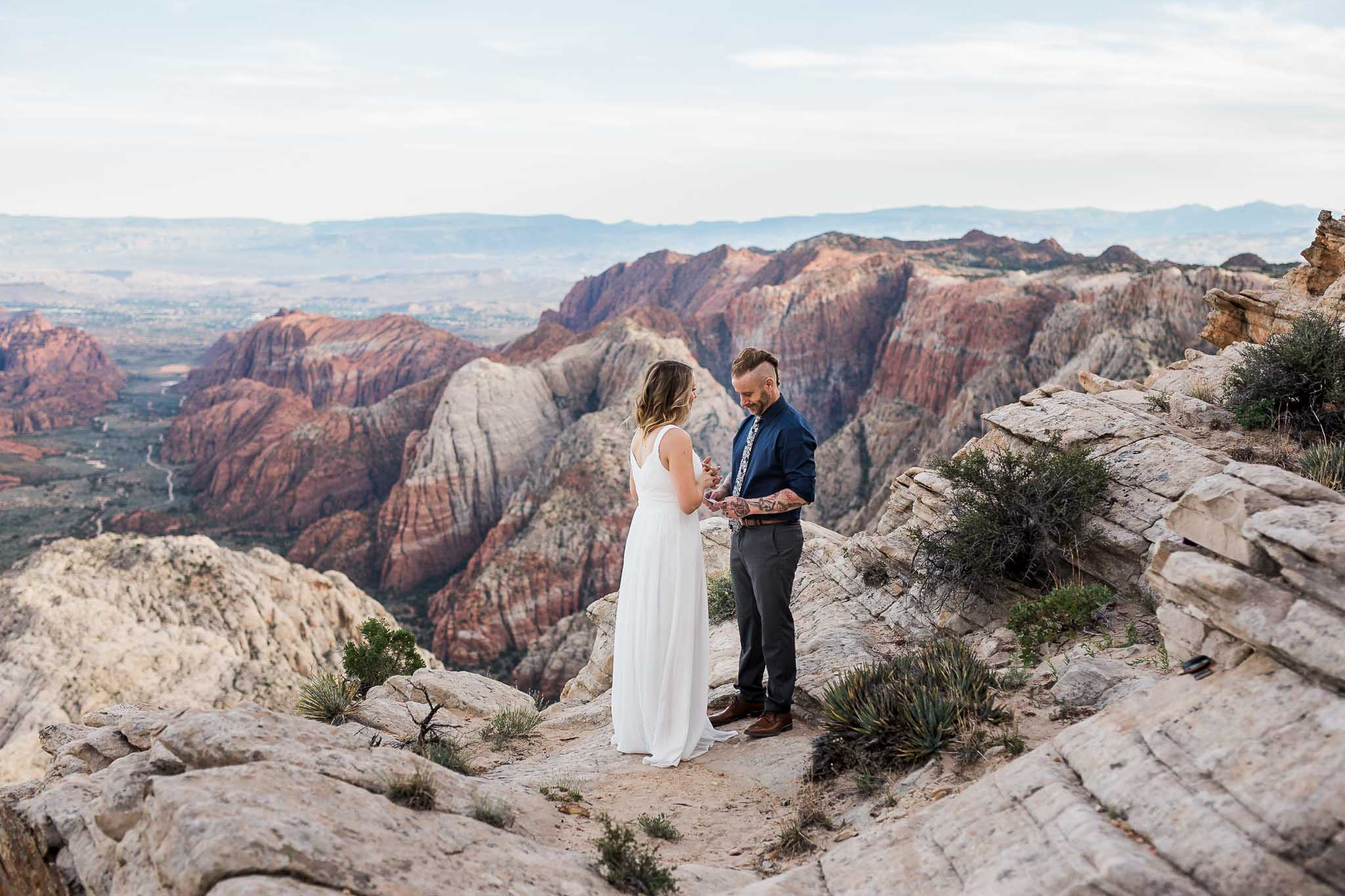 Couple renew wedding vows overlooking Snow Canyon State Park, Utah