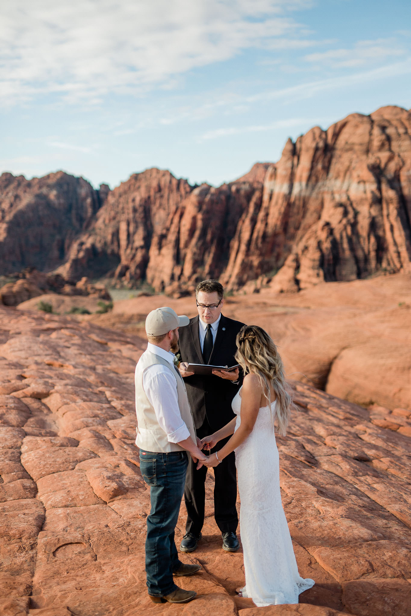 Sunrise elopement ceremony in Snow Canyon State Park Utah