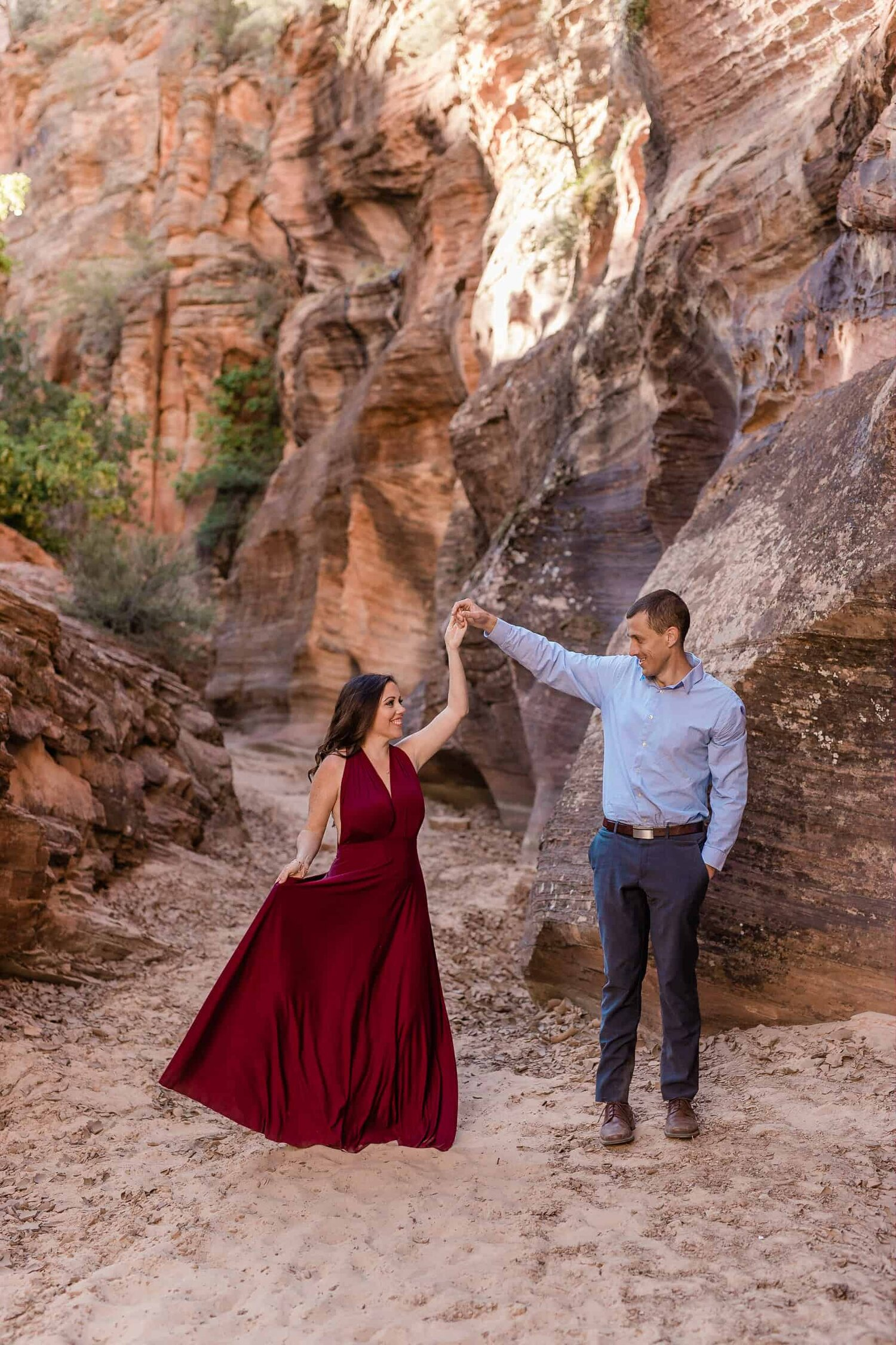 Couple dance in a slot canyon Outdoor Wedding Photographer in Utah