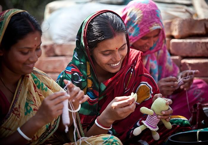 sub-urban-a-little-good-women-income.jpg