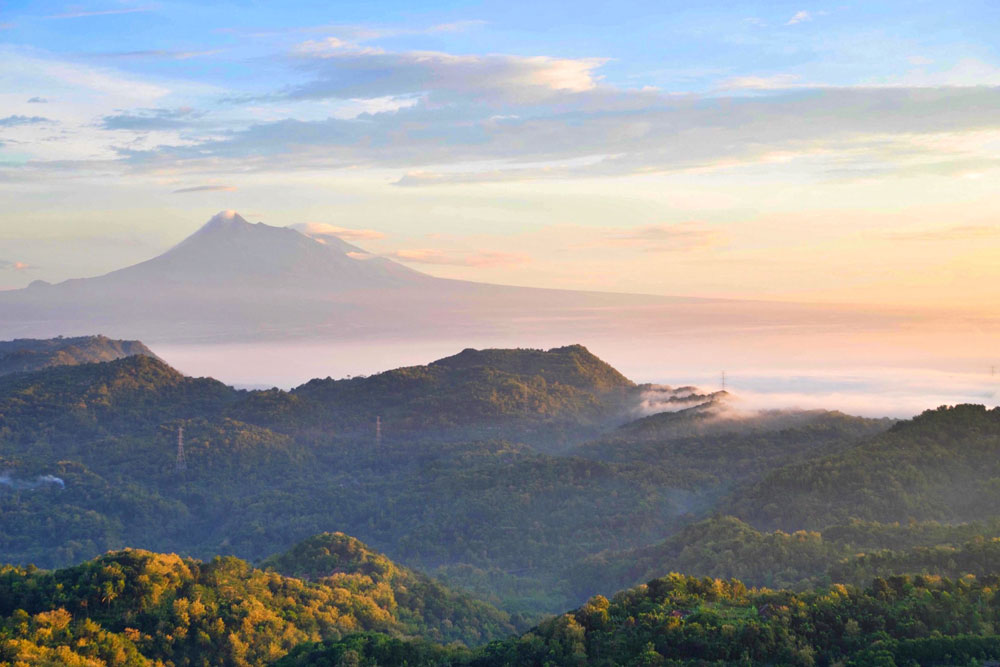 Asoka-Remadja---Gunung-Api-Purba-9.jpg
