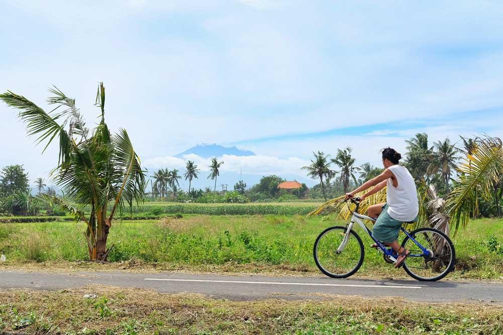 cycling around Medahan village - Gianyar