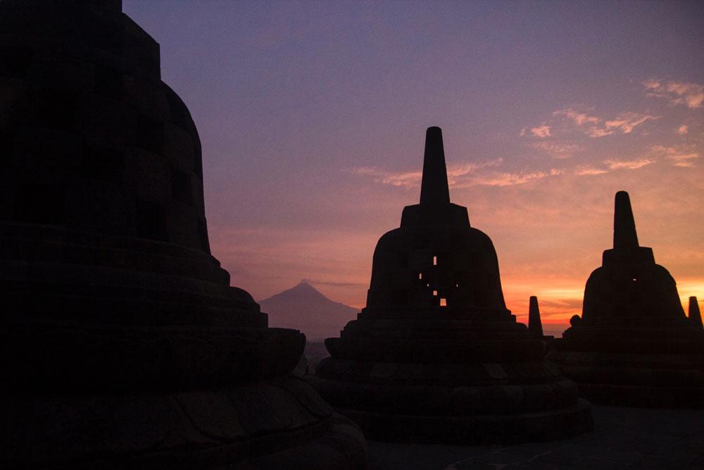 Asoka-REmadja---Borobudur---Sunrise-2.jpg