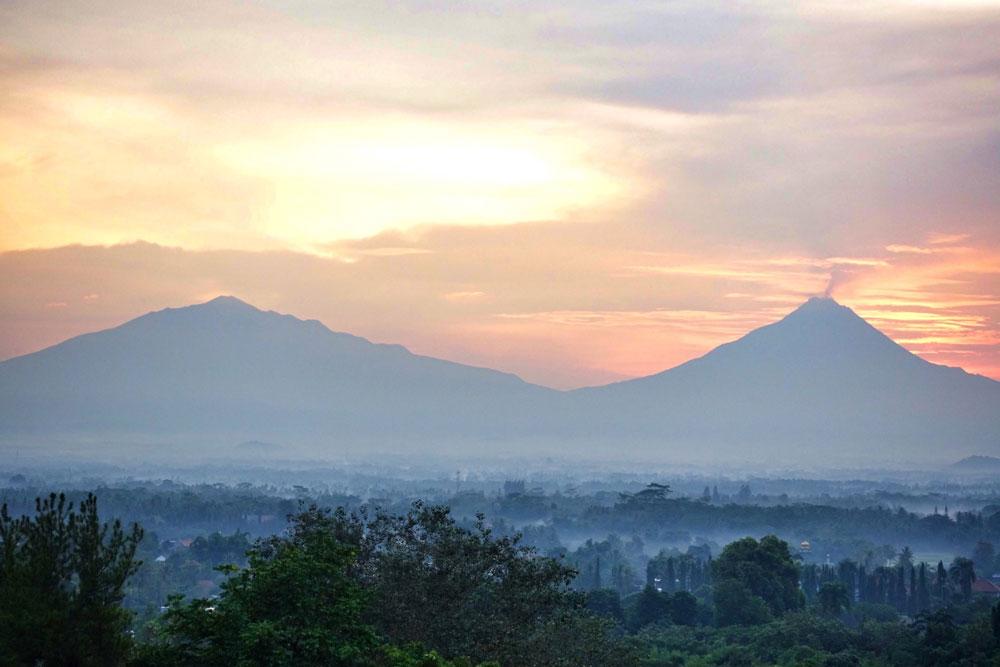 Asoka-REmadja---Borobudur---Sunrise-8.jpg