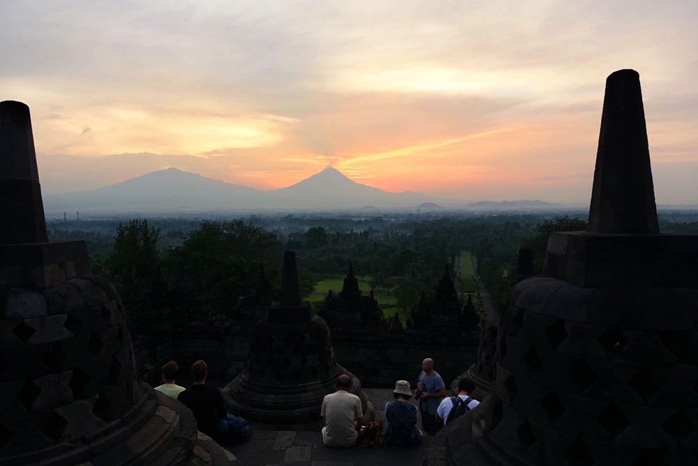 Asoka-REmadja---Borobudur---Sunrise-11.jpg