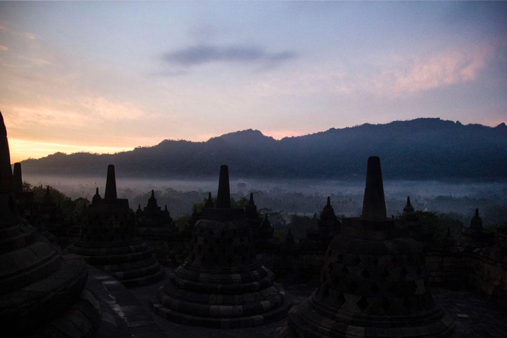 Asoka-REmadja---Borobudur---Sunrise-13.jpg