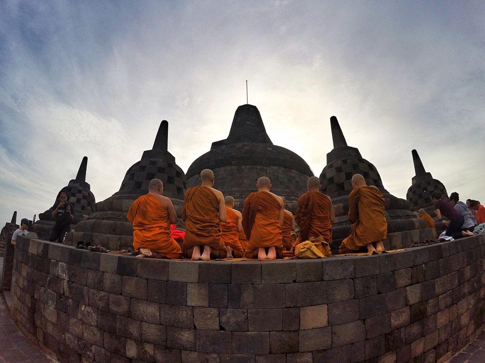 Asoka-REmadja---Borobudur---Sunrise-4.jpg
