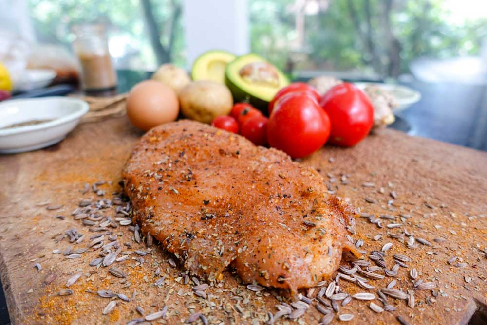This chicken - taco seasoning, definitely perfect for your brunch/lunch.