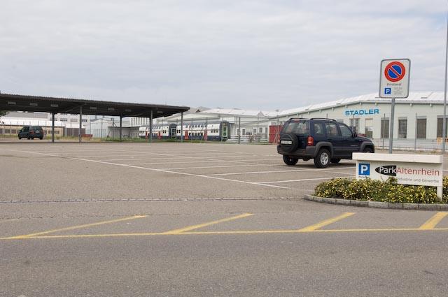 Parkplatzmarkierungen 1.jpg