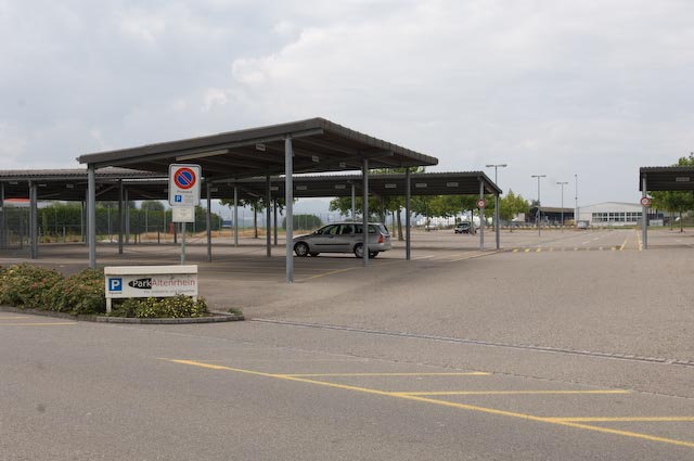 Parkplatzmarkierungen.jpg