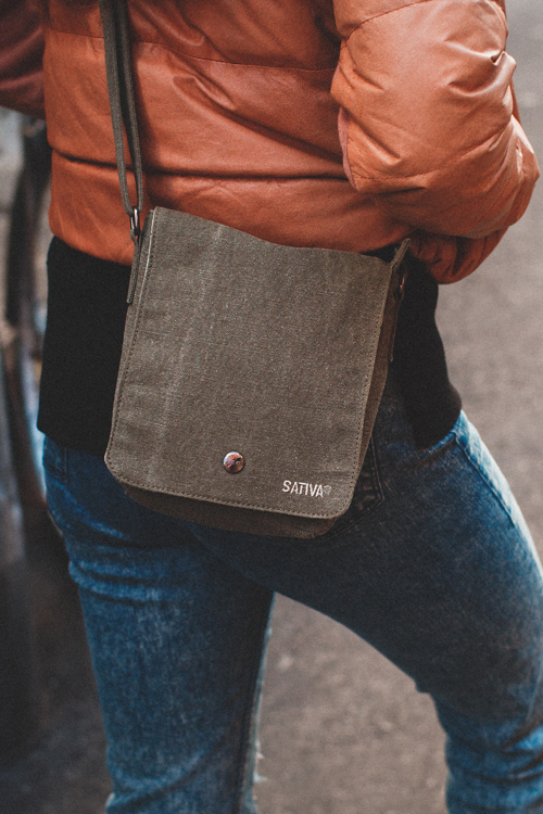 SATIVA HEMP  is a wholesale Eco and Sustainable collection of hemp and organic cotton bags and accessories. 55% Hemp 45% Organic Cotton, made in China from audited workplaces - It's all good. Head Office is in London, UK.