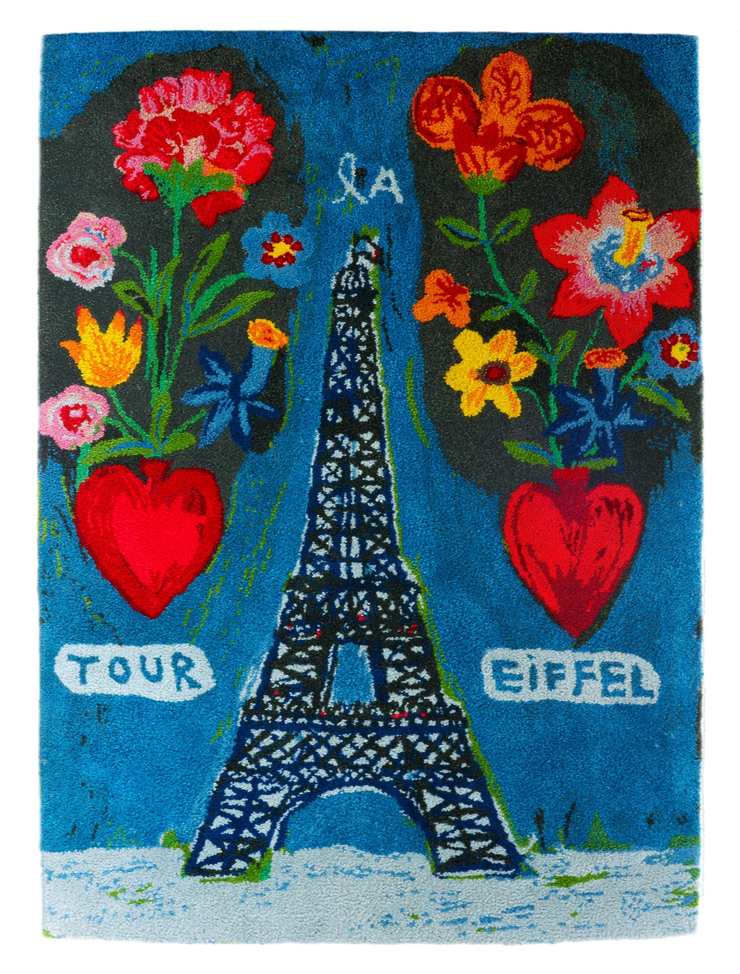 Tour Eiffel aux deux Coeurs