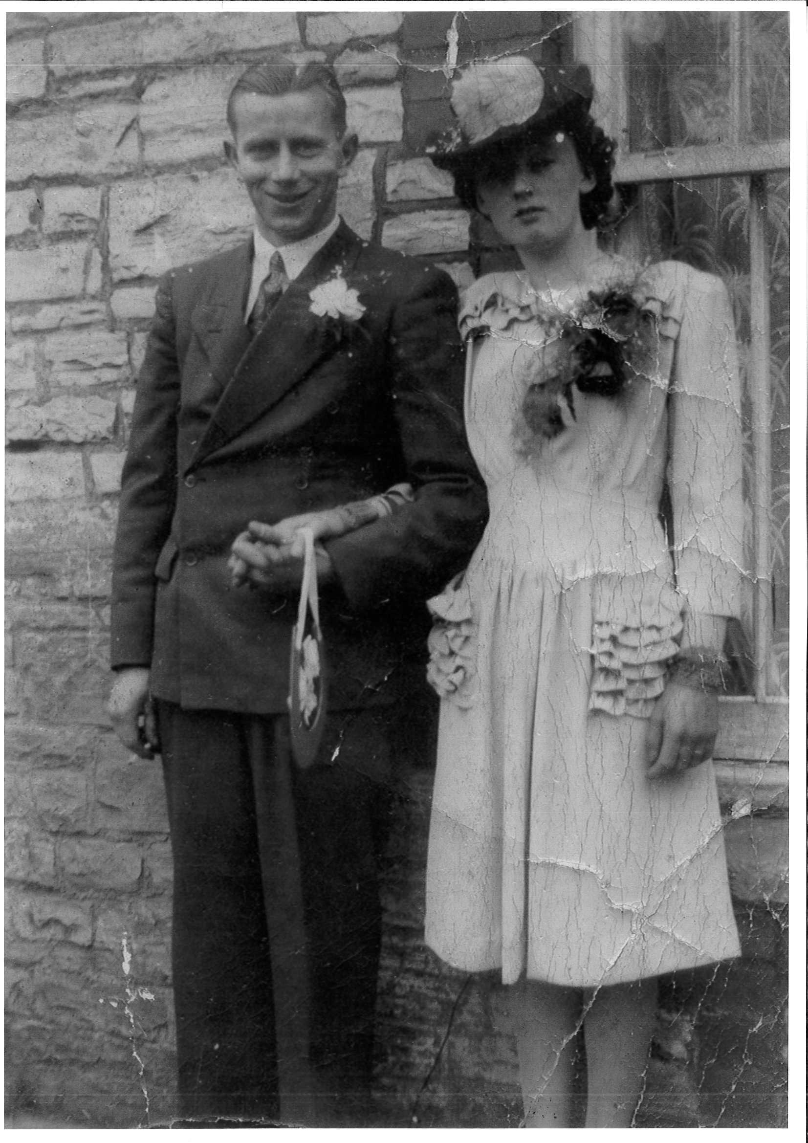 Nan and Grandad Wedding Photo.jpg