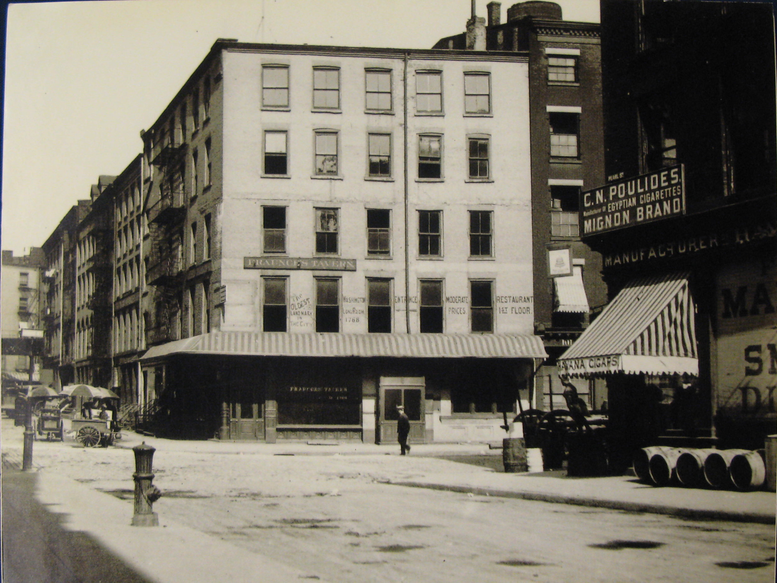 54 Pearl St between 1890-1906.jpg