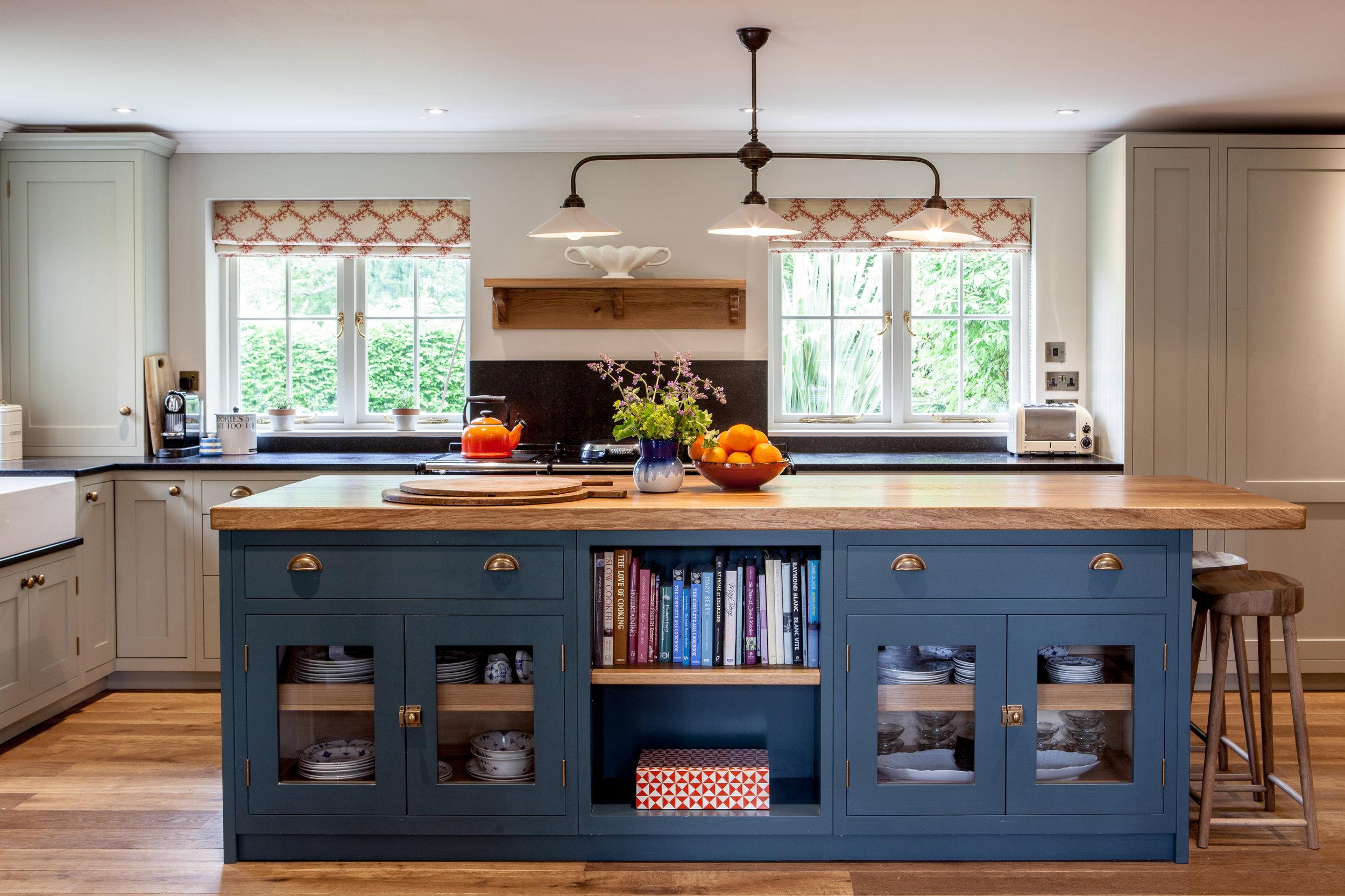 kitchenvase.jpg