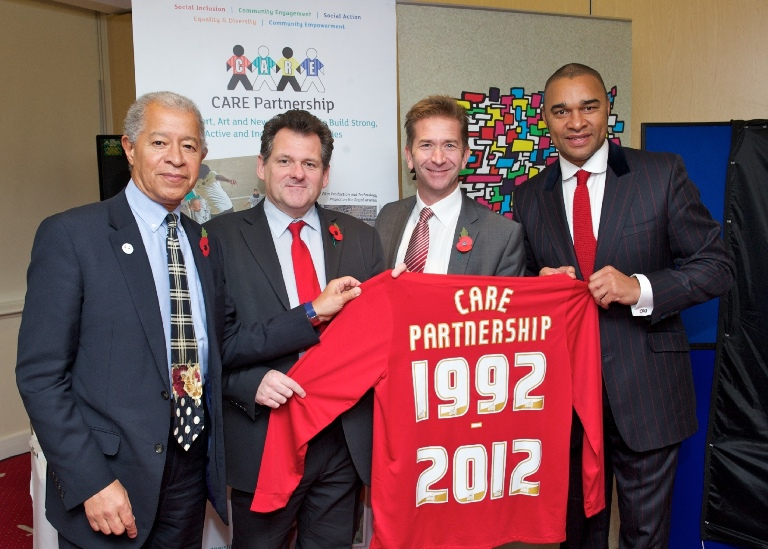 CARE---Holding-Shirt---HO-CR-MS-PE---3-Nov-2012.jpg
