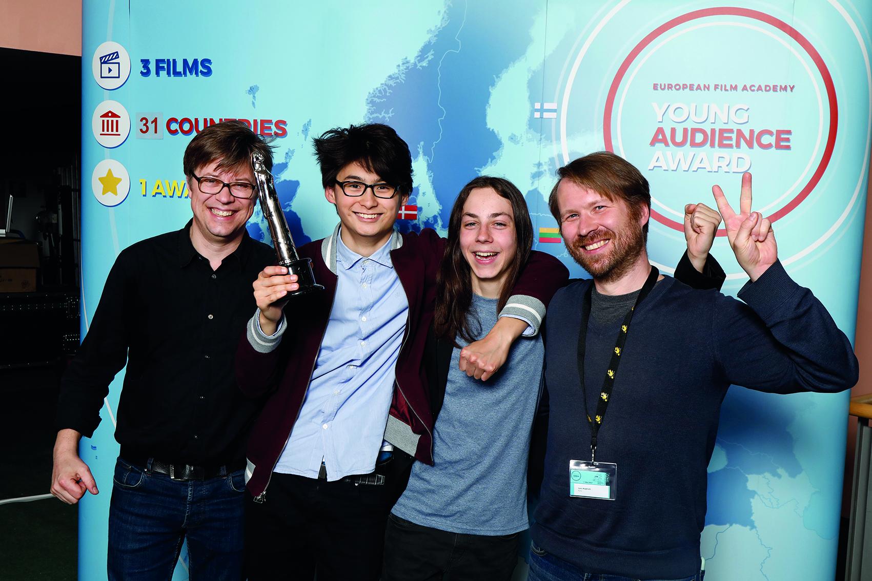 Marco Mehlitz, Hauptdarsteller Anand Batbileg und Tristan Göbel und Drehbuchautor Lars Hubrich (Fotograf: Carlo Bansini)