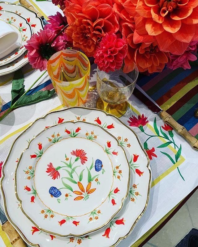 Thank you for the morning coffee and treats @carolinaherrera @cabanamagazine — the most beautiful tableware 🌸❤️