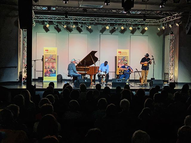 ICYMI three generations of Little's + world renown Steve Lewis brought down a packed house Saturday night! We're hosting 13+ more concerts this year and you can check our online calendar (link in bio) for info on those shows. Contact us today if you're interested in having a concert or private event at Harvest House! . . . #harvesthouseboone #harvesthouse #boonenc #livemusic #liveconcert #highcountry #highcountrymusic #liveeventproduction #production