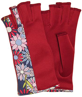 Hippie Love gloves by Digee Pop