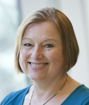 Amanda Bennett: Director, Voice of America & Former Editor-in-Chief, The Philadelphia Inquirer