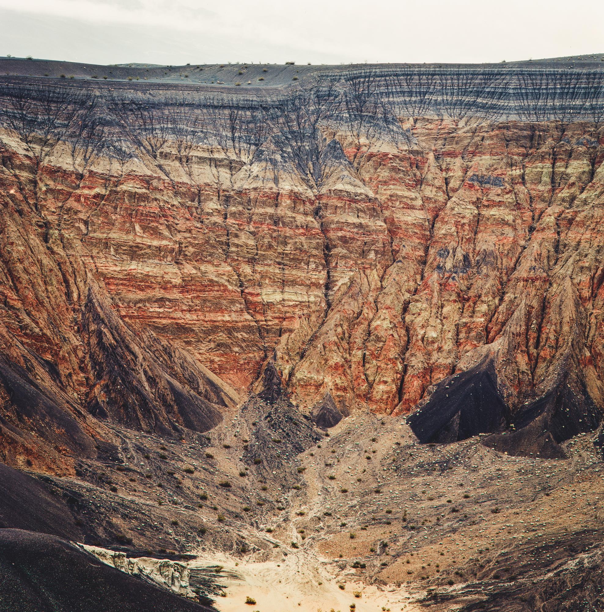 Ubehebe Crater, Death Valley / Kodak Ektar 100