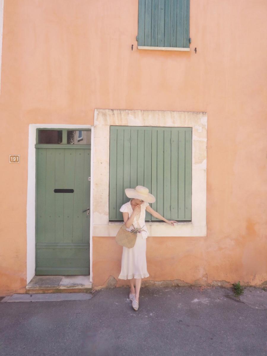 Slow_travel_cote_dazur_village.jpg