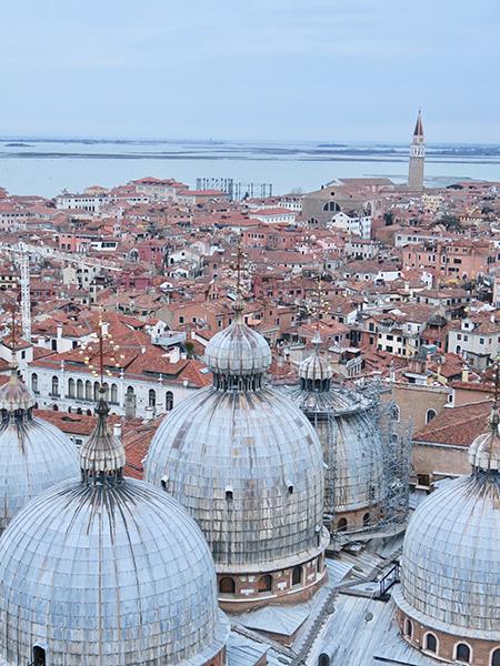 travellur_slow_travel_destination_venice_birds_eye_view_history.jpg