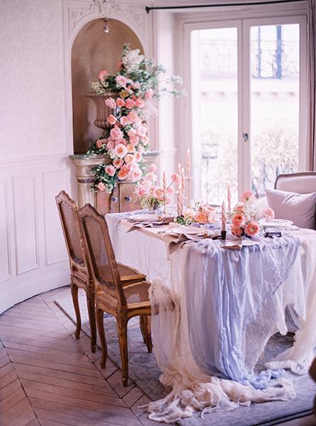 travellur_slow_travel_rendezvous_with_audrey_retreat_paris_photoshoot_parisian_apartment