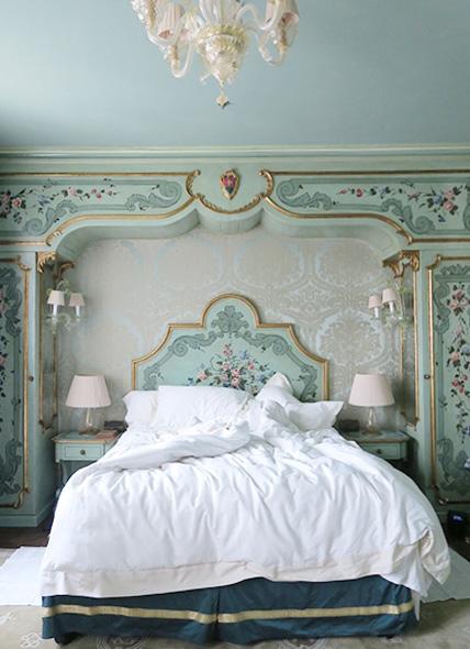 travellur_slow_travel_destination_venice_architecture_beauty_love_romance_hotel_crop.jpg