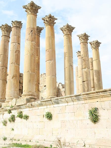 travellur_slow_travel_destination_jordan_history_architecture_roman_city_Jerash.jpg