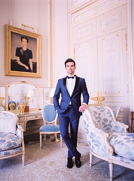 travellur_slow_travel_photoshoot_paris_Le_Secret_D_Audrey_ritz_stylist_cristin_francis_tuxedo_jean_jacques.jpg