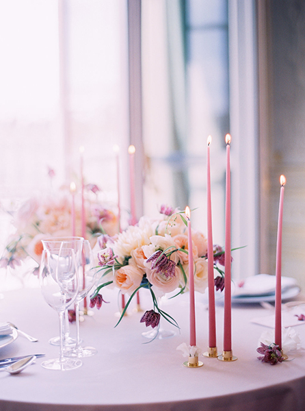 travellur_slow_travel_photoshoot_paris_Le_Secret_D_Audrey_ritz_wedding_stylist_cristin_francis_flowers_anne_vitchen.jpg