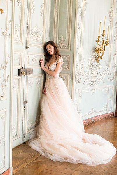 travellur_slow_travel_bridal_shoot_paris_romance_vero_suh_luxury_photography.jpg