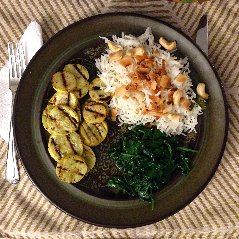 Five-Prana-Ayurveda_Vata-Dosha-Diet-Meal.jpg