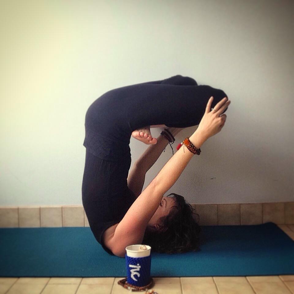 Five-Prana-Ayurveda_Vata-Dosha-Yoga_Shoulderstand.JPG