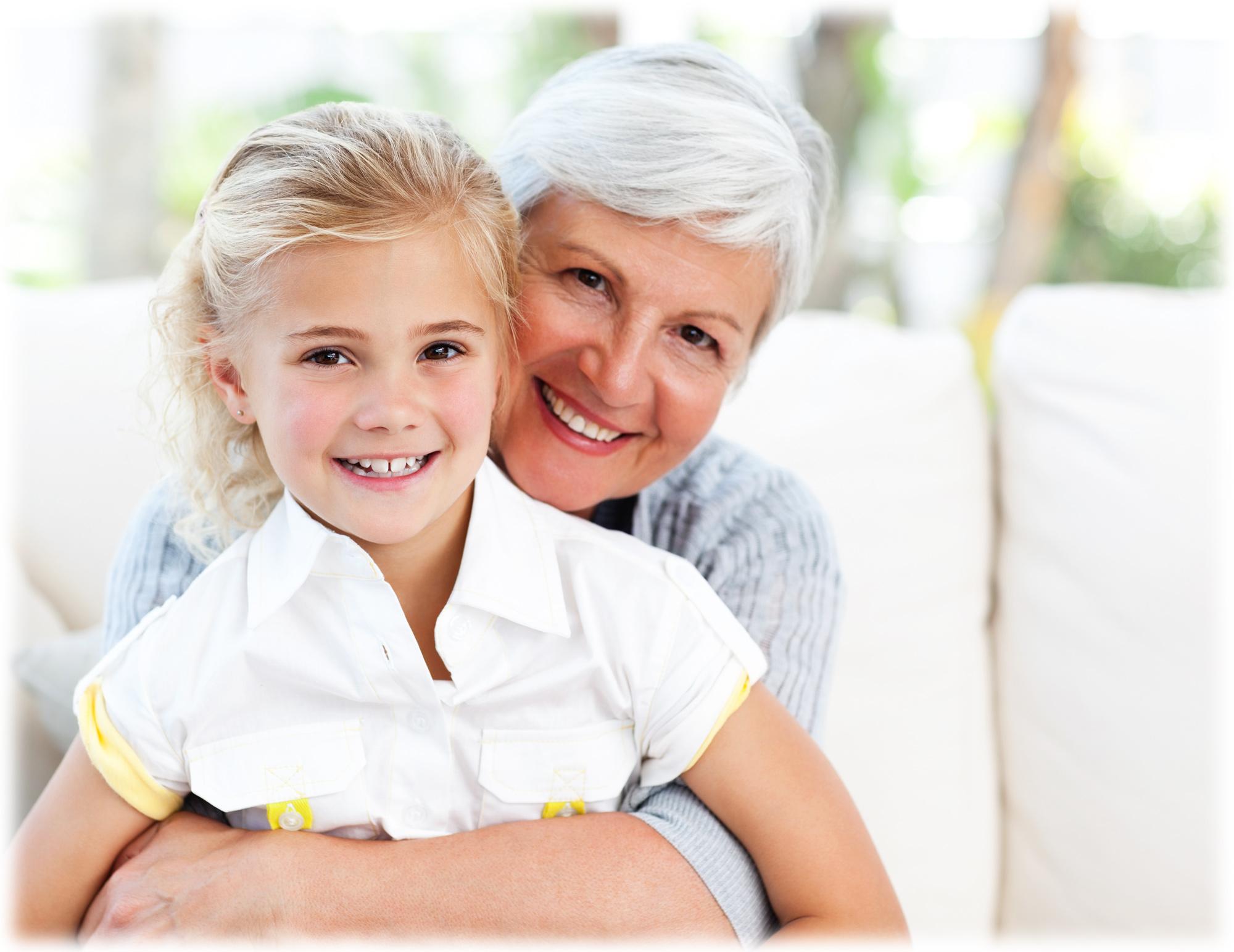 hearing-loss-grandma-with-grandchild