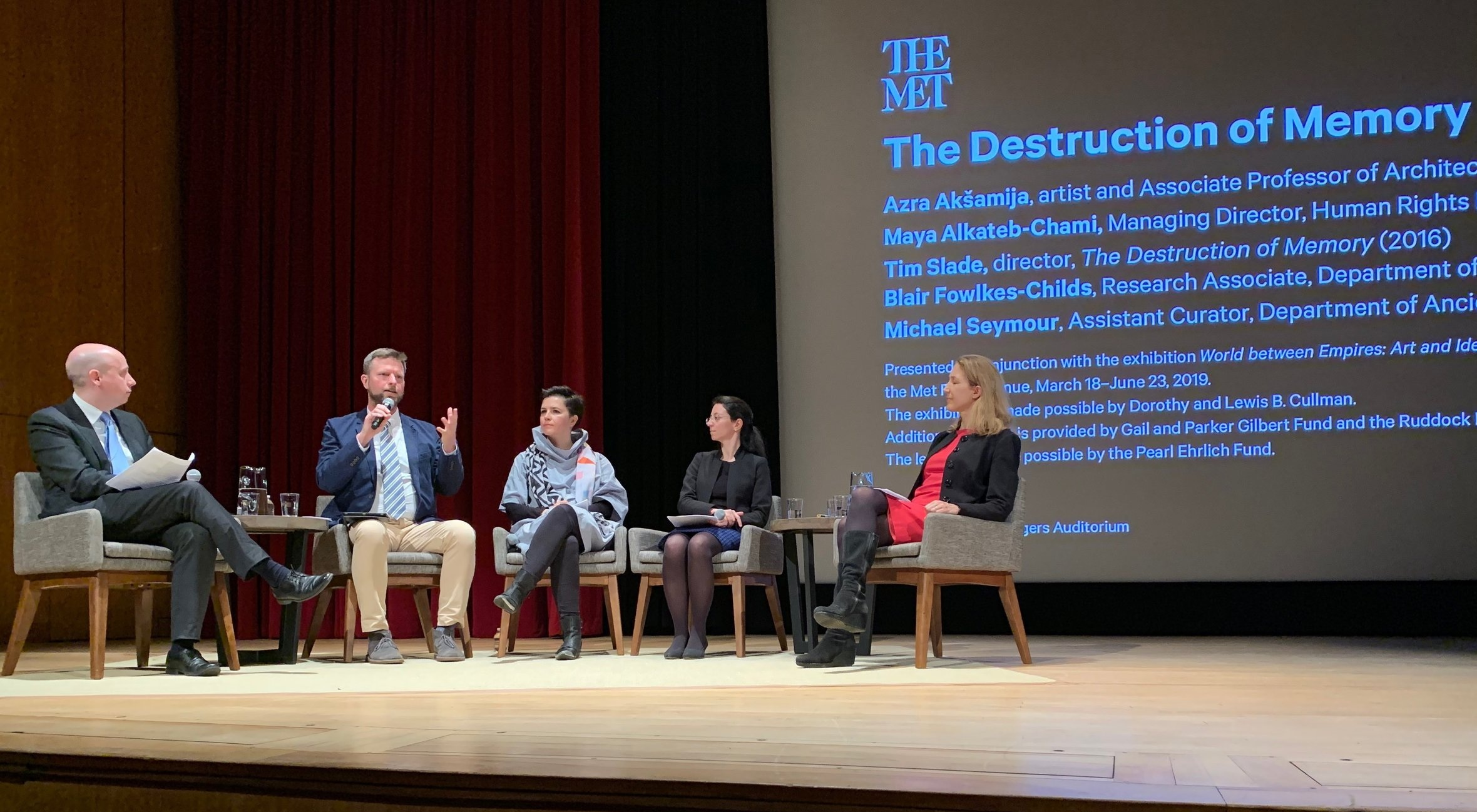 Tim speaking at the Metropolitan Museum of Art, New York City, in April 2019.