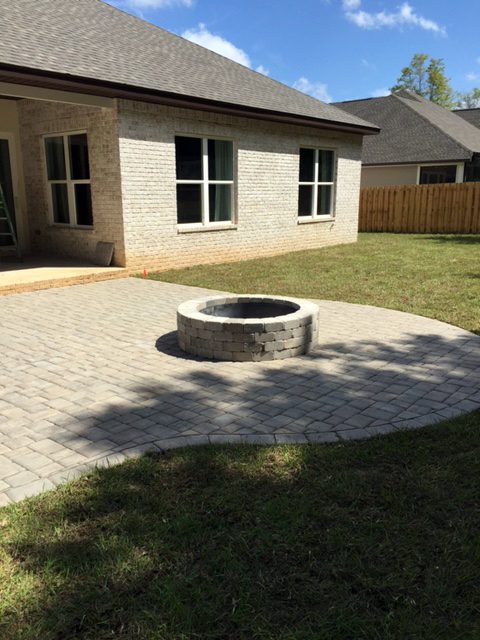 Live Oak Pavers with Sand Pebble Firepit