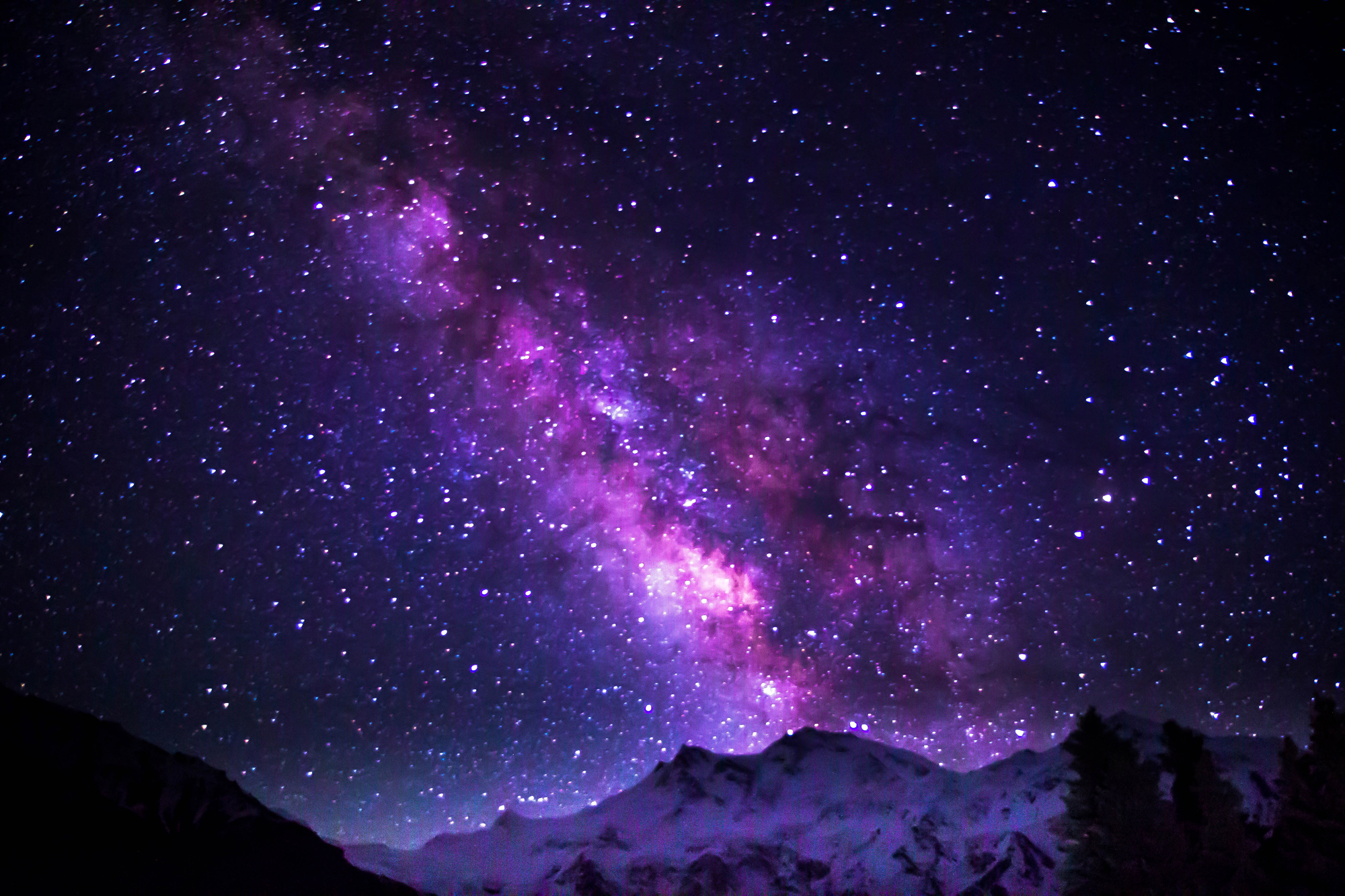 milky-way-galaxy-shimmering-over-nanga-parbat.jpg