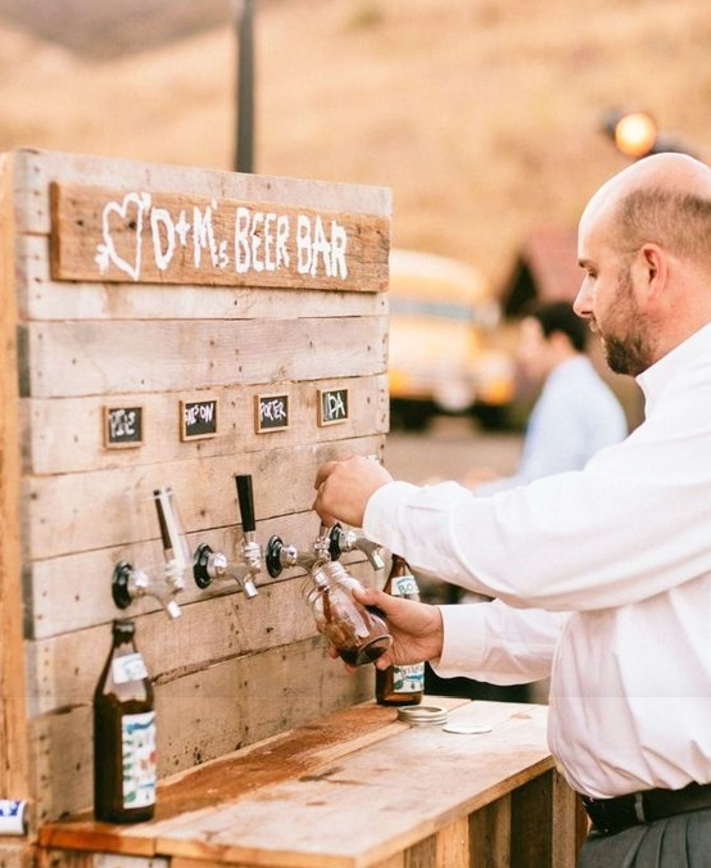 beer-bar-wedding-eventmates.jpg