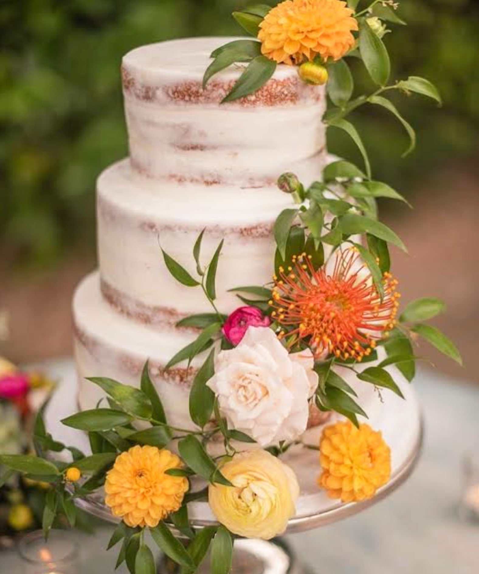 cake-with-flowers-wedding-eventmates.jpg