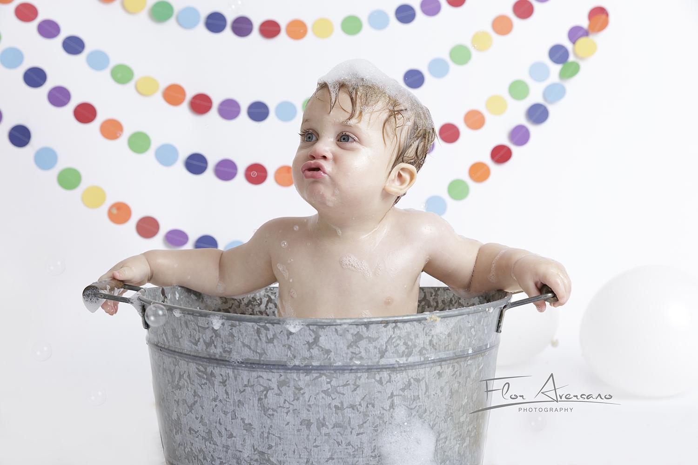 cake smash bubble bath