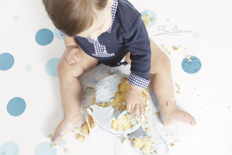 cake smash hands FAP