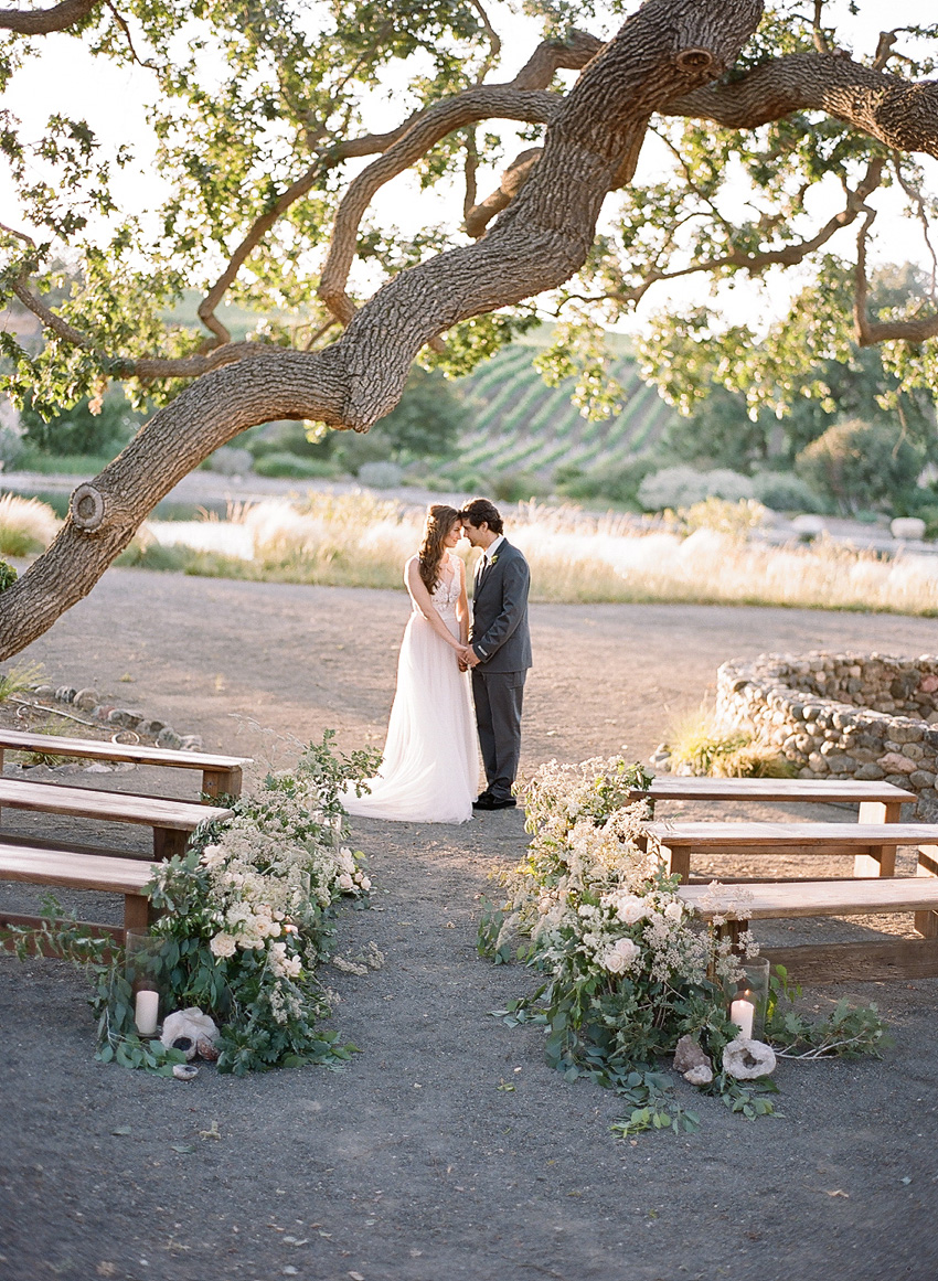 santabarbarawedding.com   Santa Barbara Wedding Style Blog   Weddings at Grassini Vineyards   Kristen Beinke Photography   Organic Inspiration