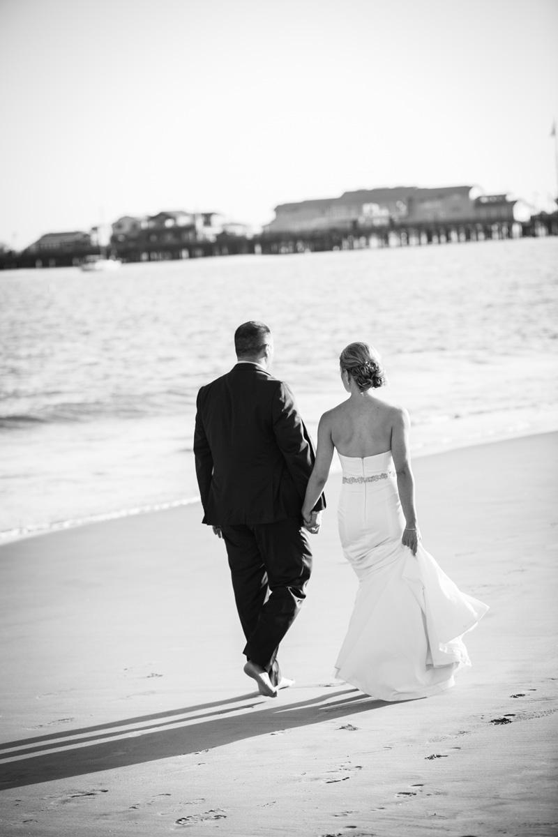 www.santabarbarawedding.com | Andrejka Photography | Santa Barbara Courthouse | Bride and Groom