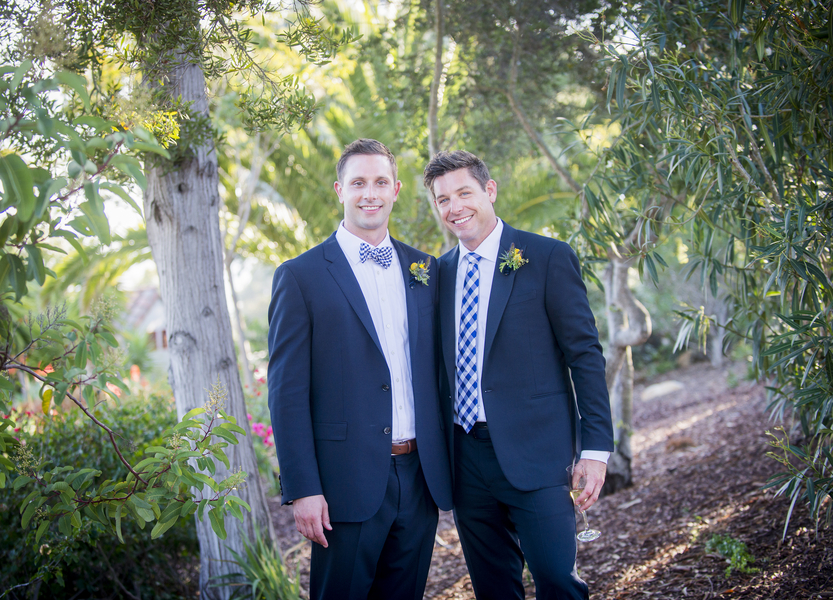santabarbarawedding.com | photo: Willa Kveta Photography | Tropical Same Sex Wedding at the Montecito Country Club