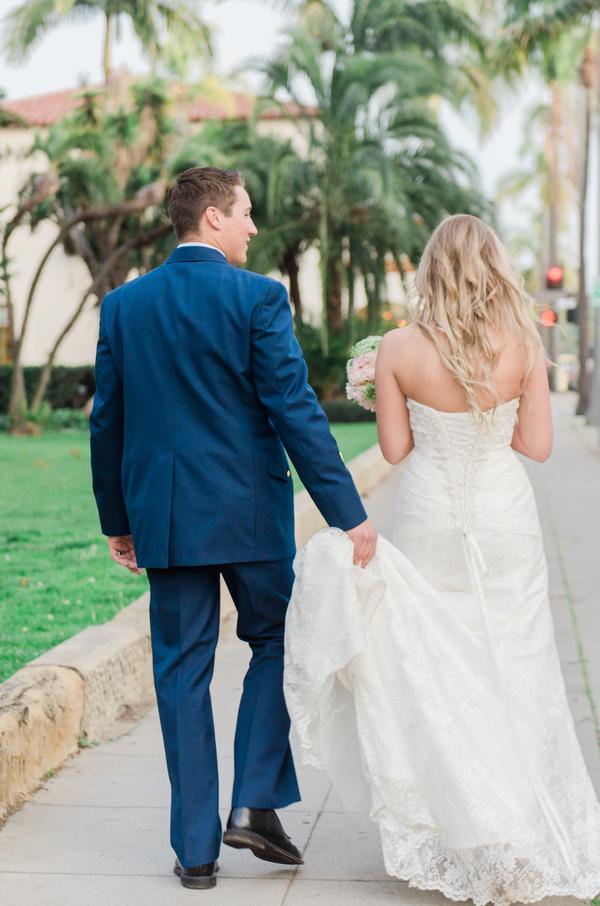 santabarbarawedding.com | photo: Stevie Dee Photography | Intimate Wedding at the Santa Barbara Courthouse